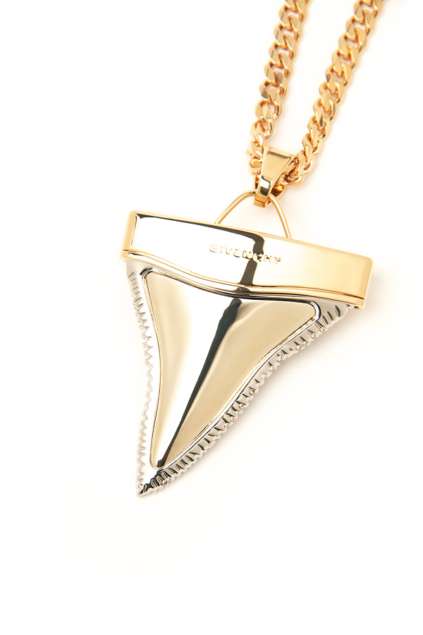 Shark tooth necklace givenchy dresses