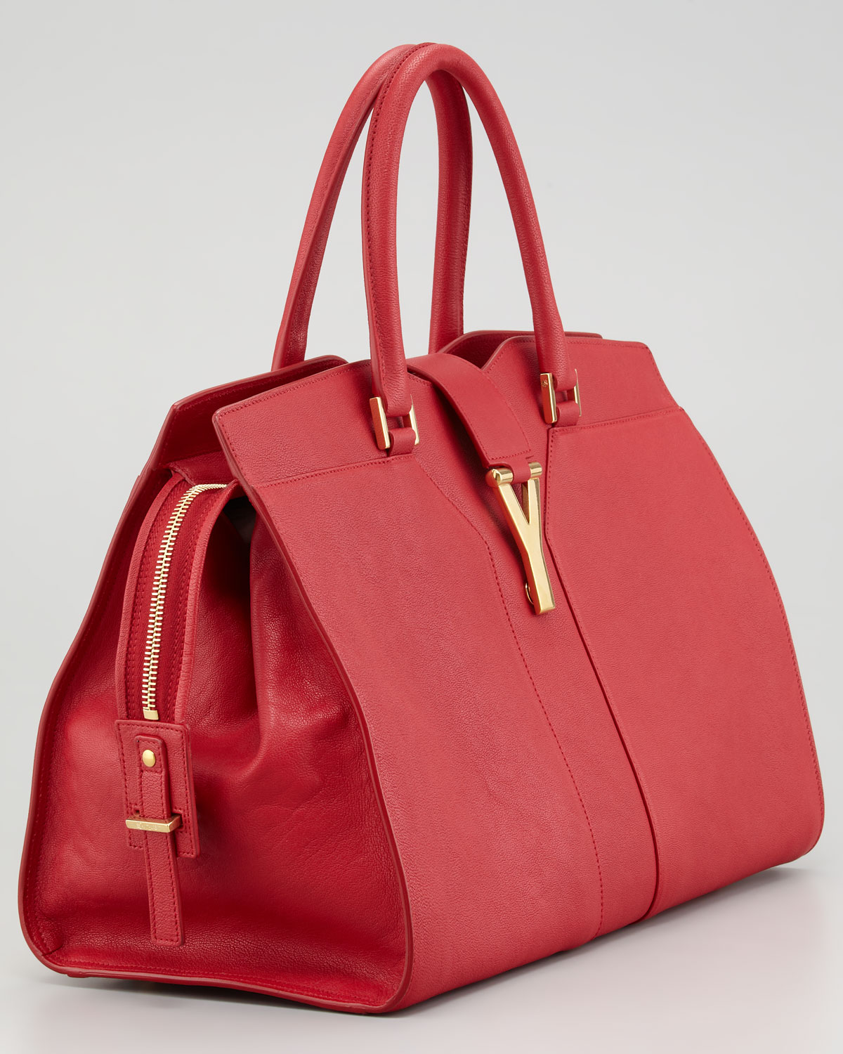 yves saint laurent medium red chyc shoulder bag - yves saint laurent handbags