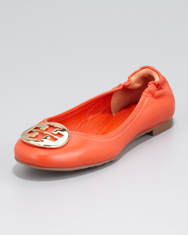 23ab844ae Lyst - Tory Burch Womens Reva Mestico Logo Ballerina Flat Fire ...