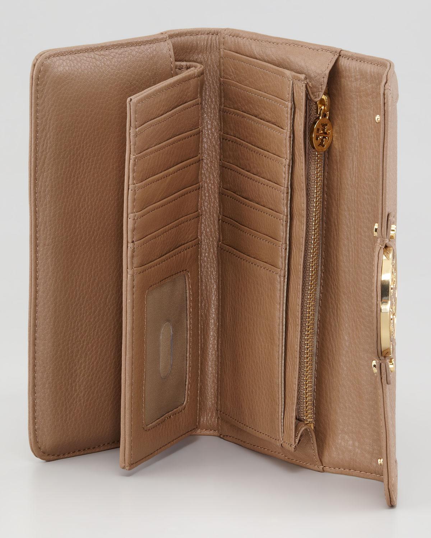 tory burch amanda checkbook wallet in brown  black