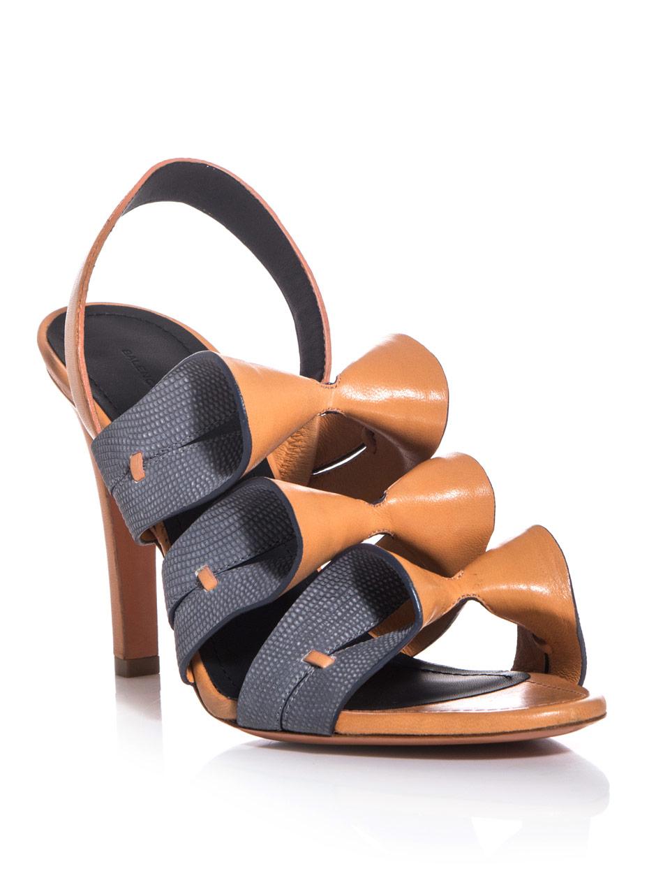 00f406d410e8c Lyst - Balenciaga Origami Sandals in Gray