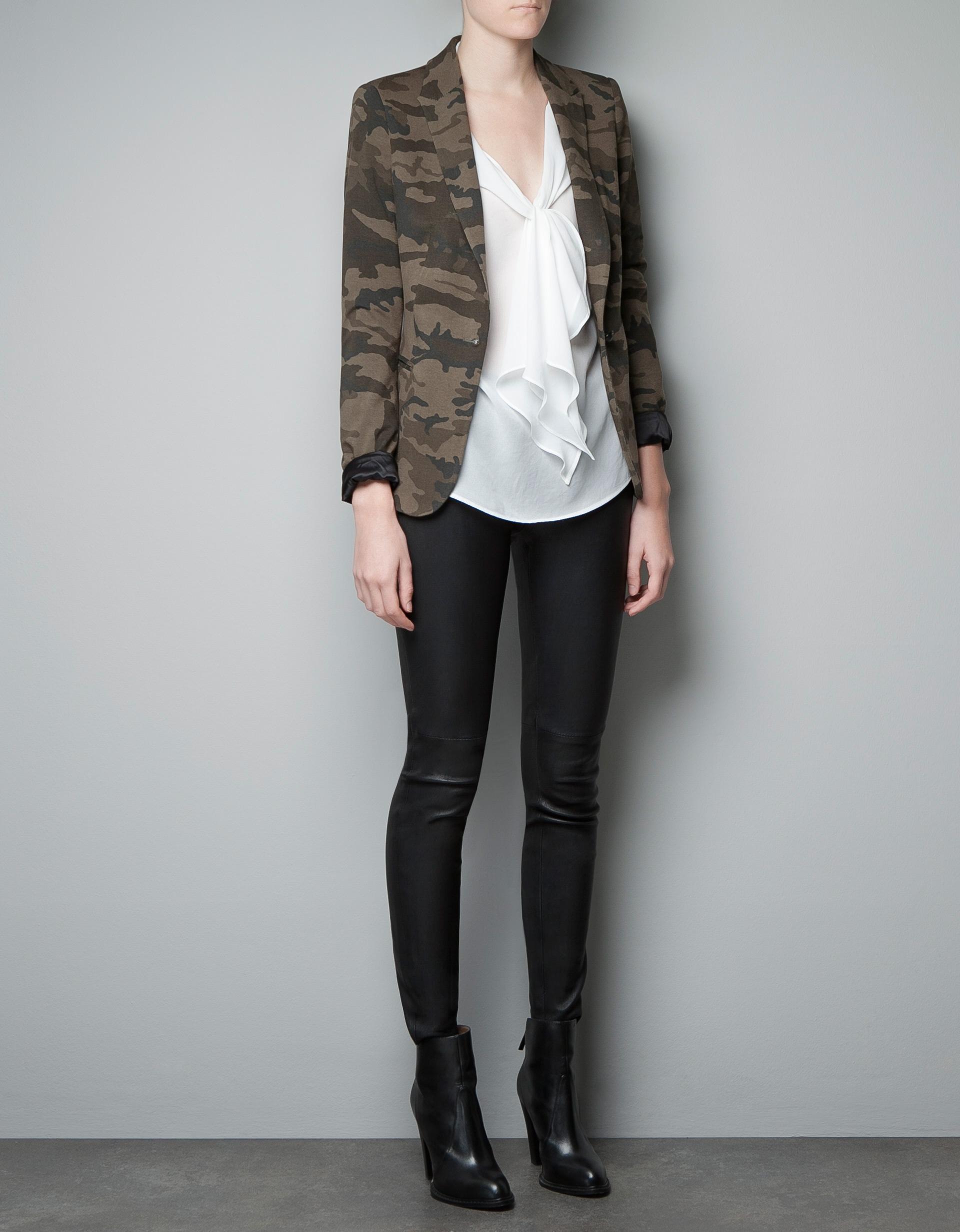 Model Zara Camouflage Print Harem Trouser  60