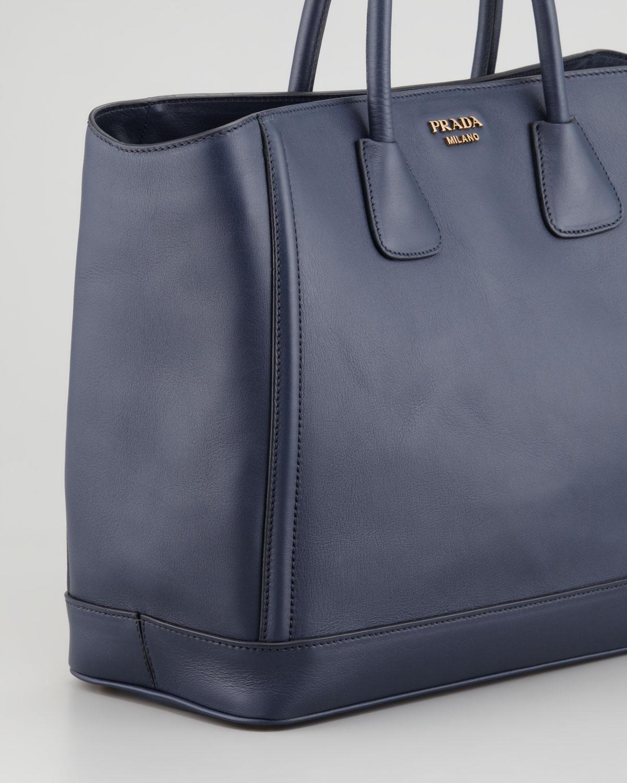 c8e6513e2b25 Prada City Calf Large Tote Bag in Blue - Lyst