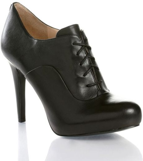 guess high heel oxford shoes in black lyst