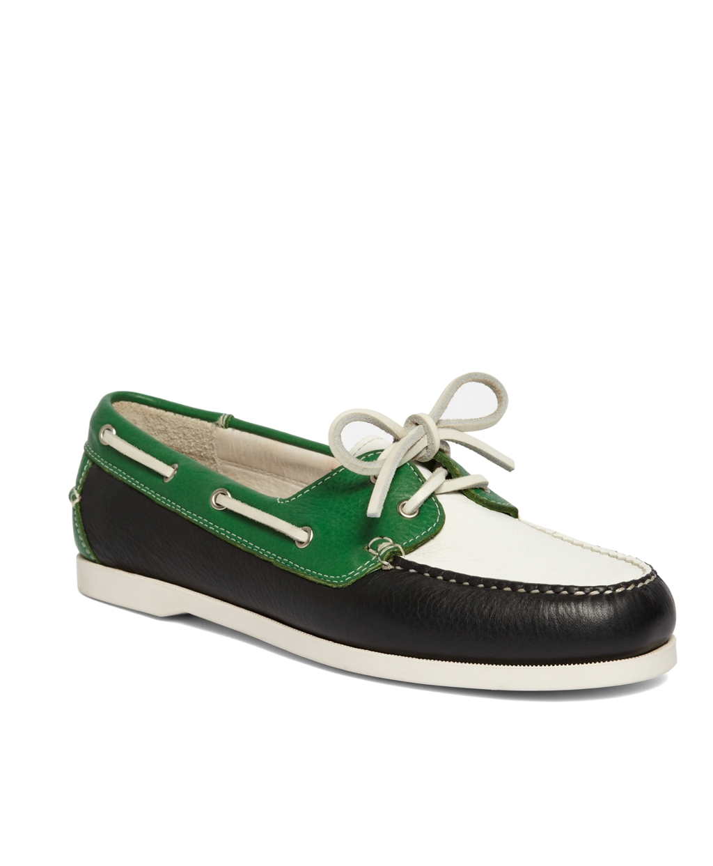 Our pebbled calfskin color blocked boat shoe is crafted in pebbled