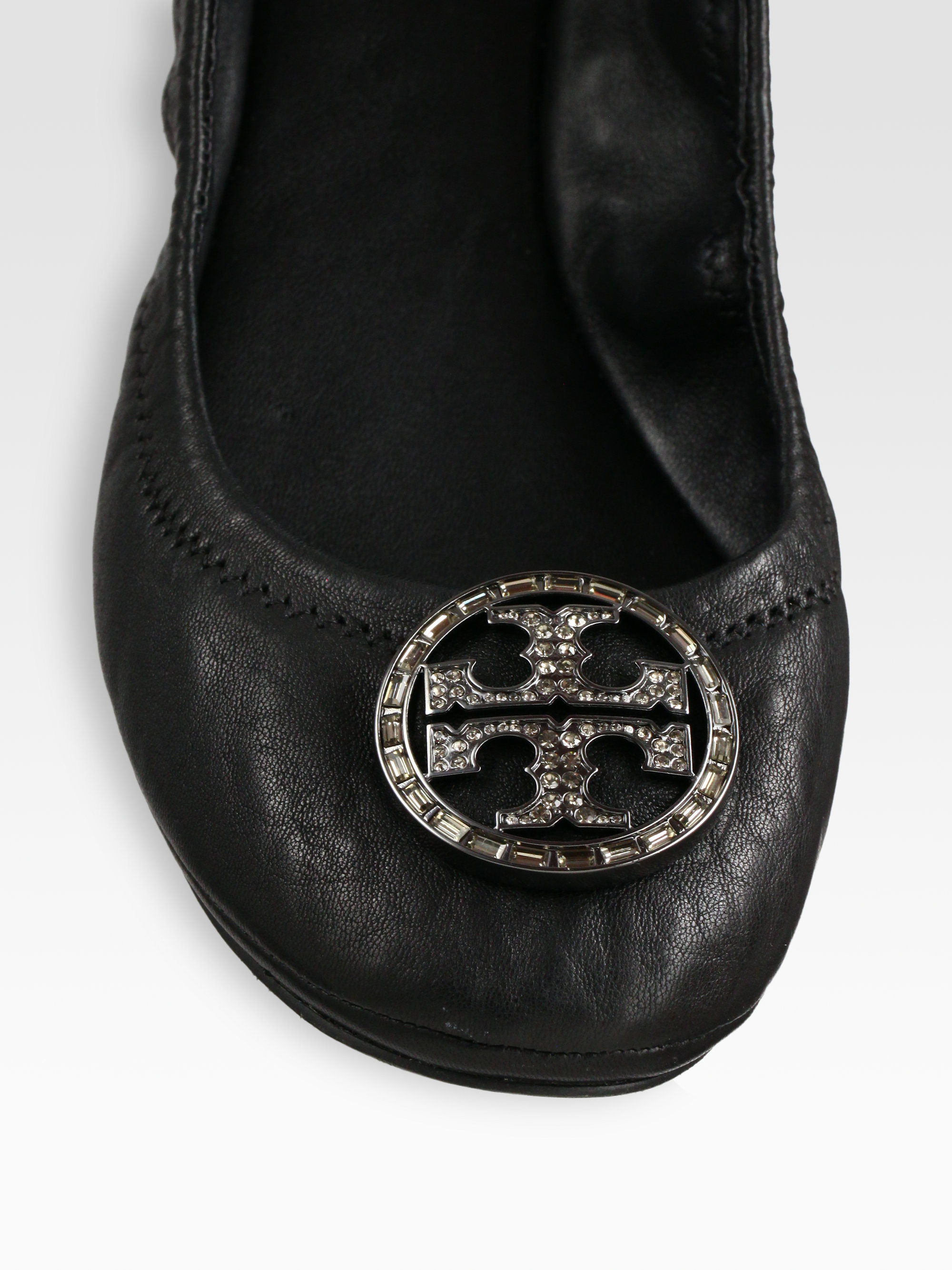 bd42d3727f9abf ... official store lyst tory burch violet leather ballet flats in black  35d4f e8128 ...
