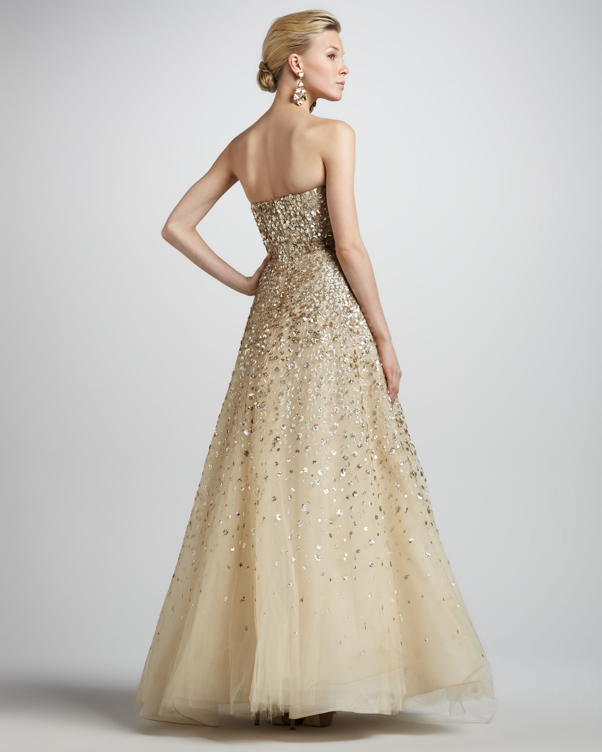 lyst oscar de la renta strapless floral paillette ball gown champagne in metallic. Black Bedroom Furniture Sets. Home Design Ideas