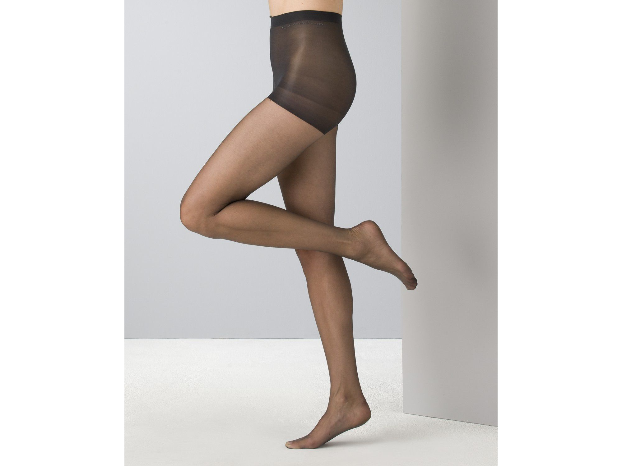 9d367a6d0 Calvin Klein Hosiery Infinite Sheer Control Top 705n in Black - Lyst