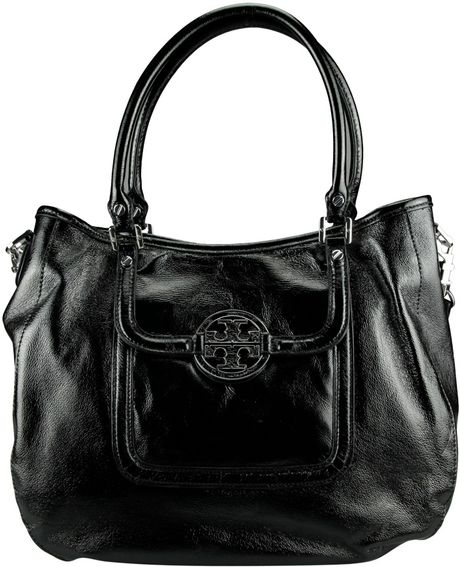 Tory Burch Amanda Handle Hobo in Black - Lyst