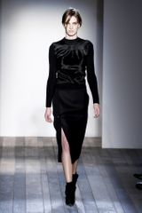 Victoria Beckham Fall 2013 Runway Look 29