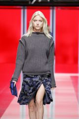 Christopher Kane Fall 2013 Runway Look 7