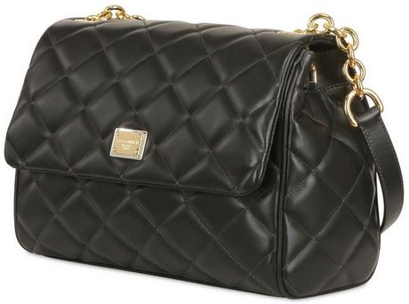 Black Quilted Chain Shoulder Bag 33