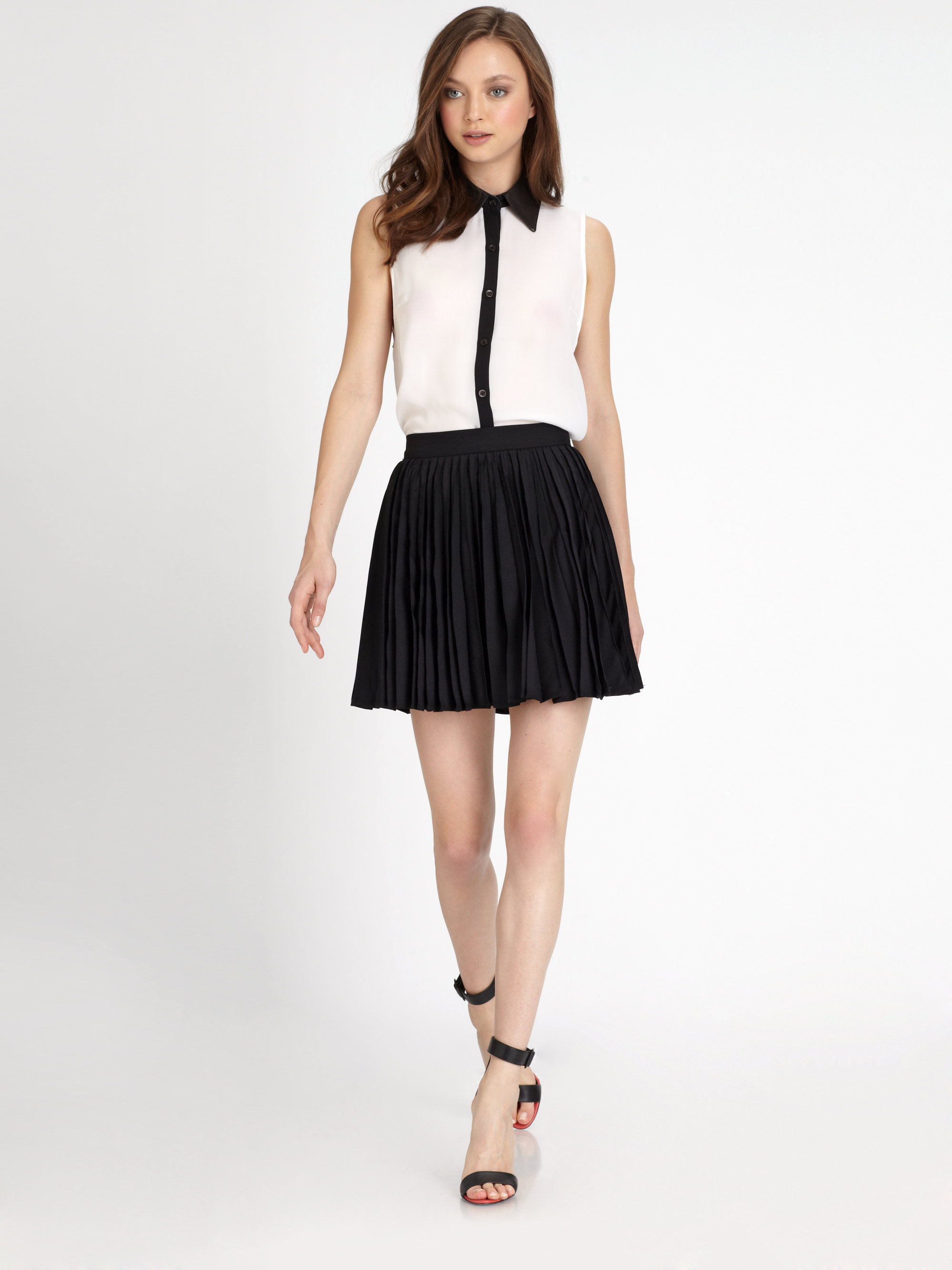 Alice   olivia Olette Pleated Mini Skirt in Black | Lyst