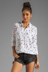 Equipment Slim Signature Star Print Blouse - Lyst