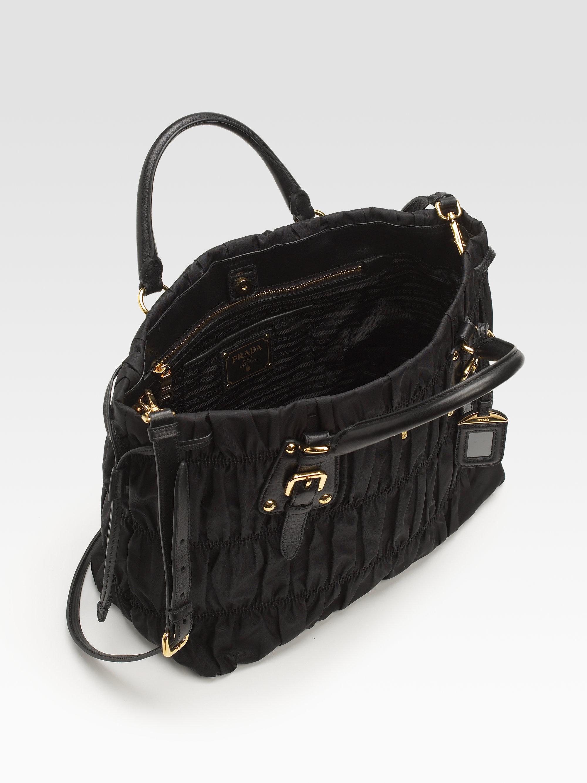 Prada Tote Laukku : Prada tessuto gaufre tote bag in black lyst