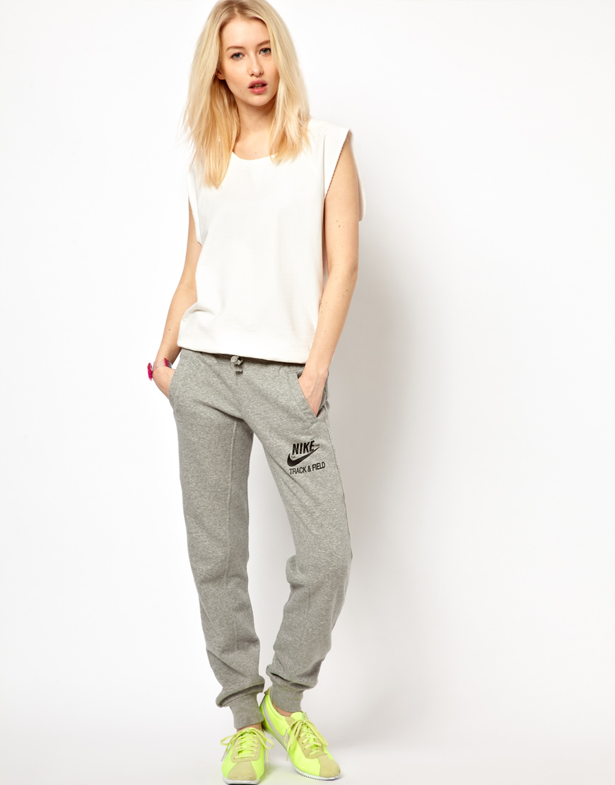 Nike Track Field Sweat Pants in Gray | Lyst