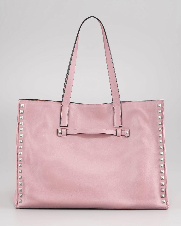 66e7b651b698 Gallery. Previously sold at  Bergdorf Goodman · Women s Valentino Rockstud  Bags ...