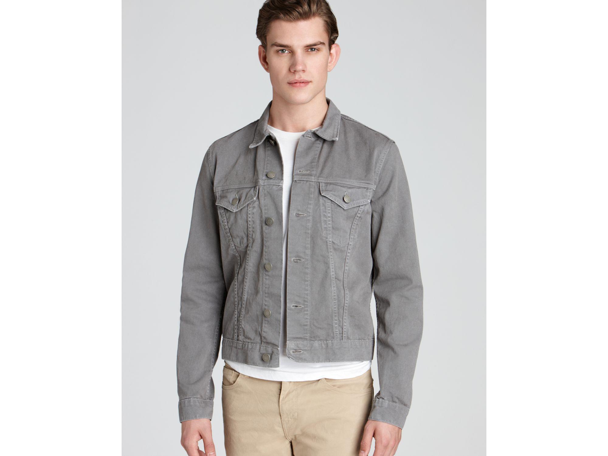 Gray denim jacket – Novelties of modern fashion photo blog