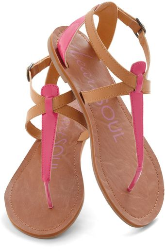 ModCloth Raise The Sandbar Sandal in Sorbet - Lyst