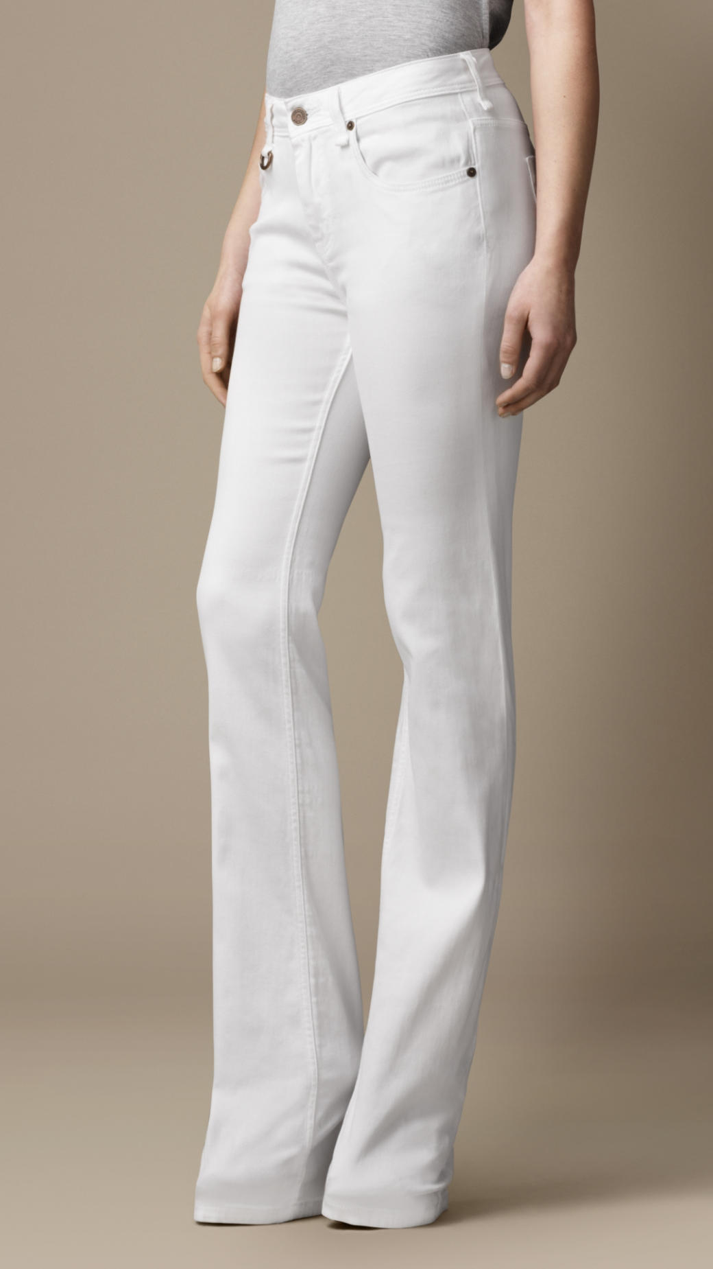 Burberry Chelsea Optical White Bootcut Jeans in White | Lyst