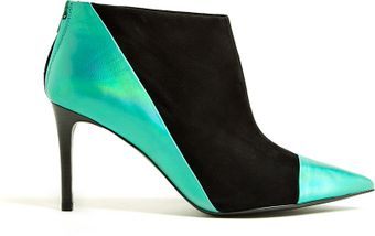 See By Chloé Nubie Green Metallic Pointed Ankle Boot - Lyst