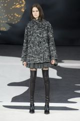 Chanel Fall 2013 Runway Look 5