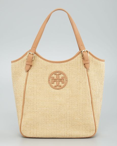 e1b6294853e Tory Burch Small Slouchy Straw Tote Bag in Beige (multi colors) - Lyst
