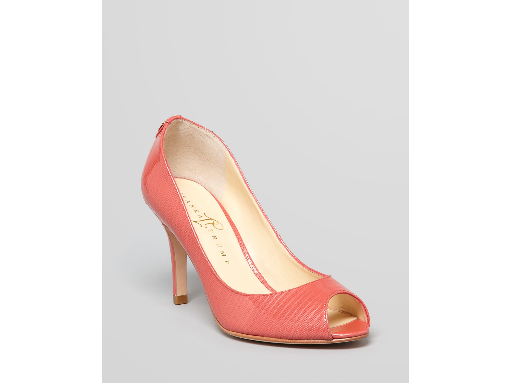 de0ddef88458 Gallery. Previously sold at  Bloomingdale s · Women s Ivanka Trump Cleo ...