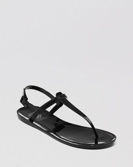vince camuto jelly sandals udele flat in black lyst