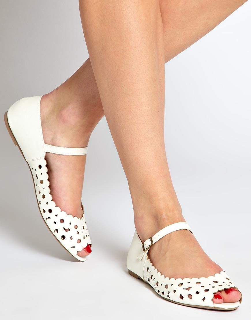 White Lace Peep Toe Shoes