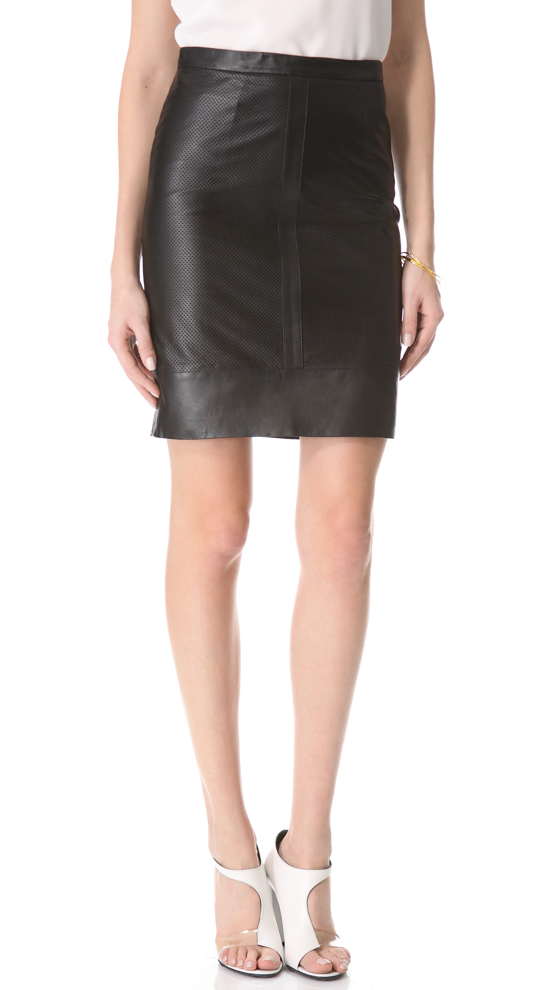 Available In Black And Mauve High Rise Pencil Skirt Full Stretch Knee-Length 80% Cotton 15% Polyester 5% Spandex.