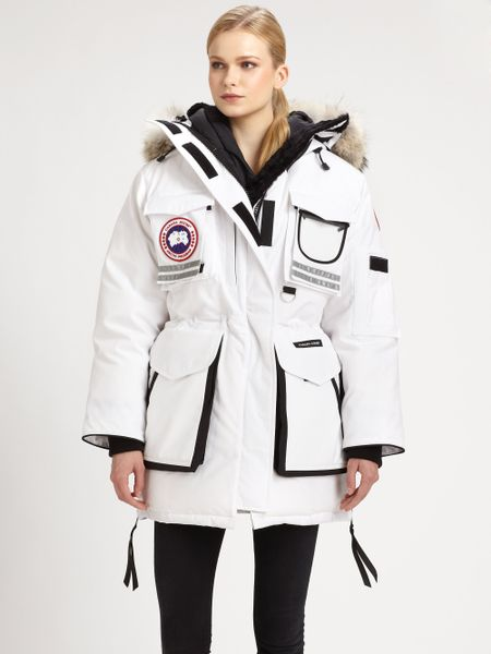 canada goose women's snow mantra parka coat
