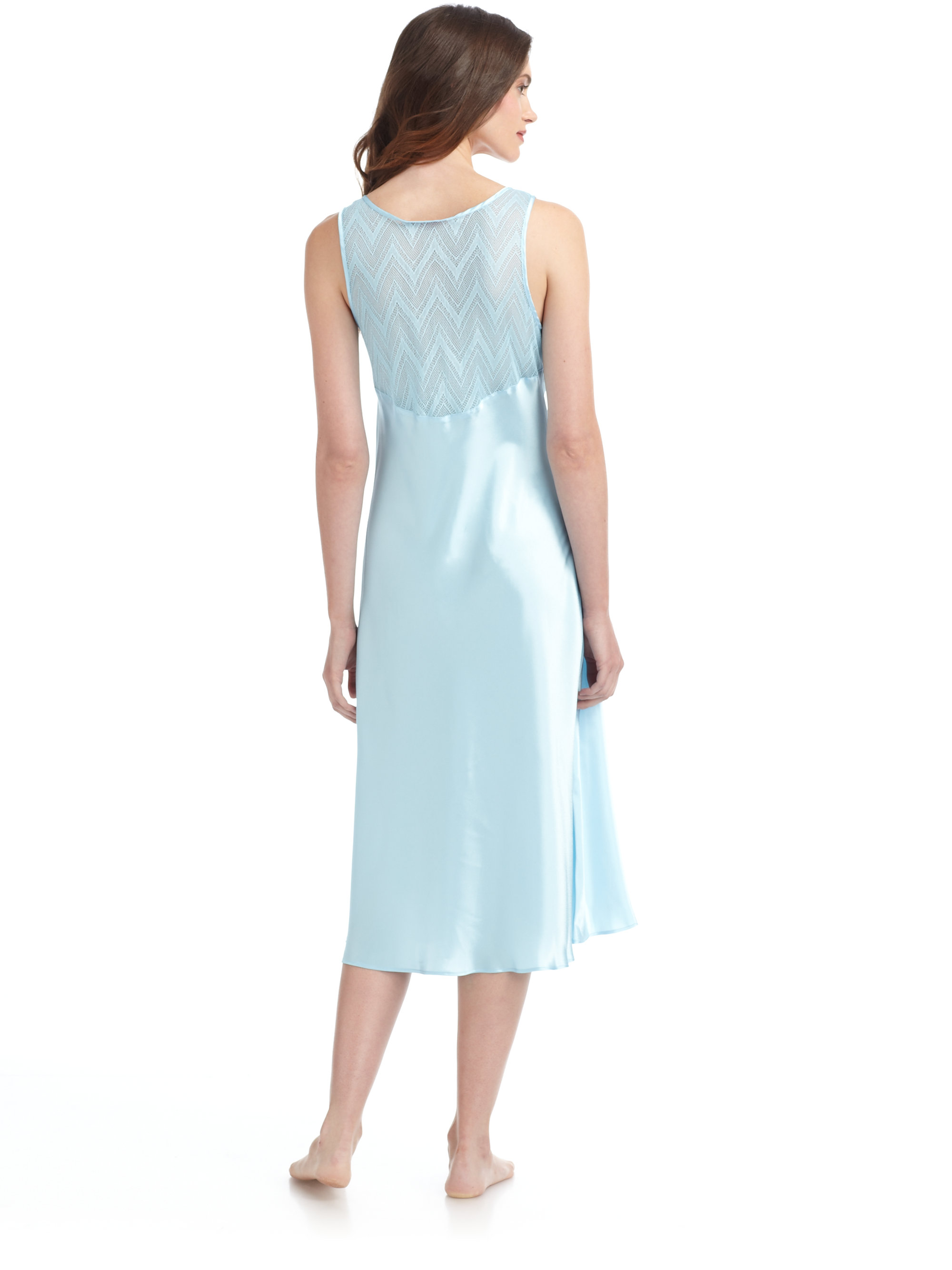 Lyst - Oscar de la Renta Breezy Morning Lace Inset Nightgown in Blue 1e8d7a44b