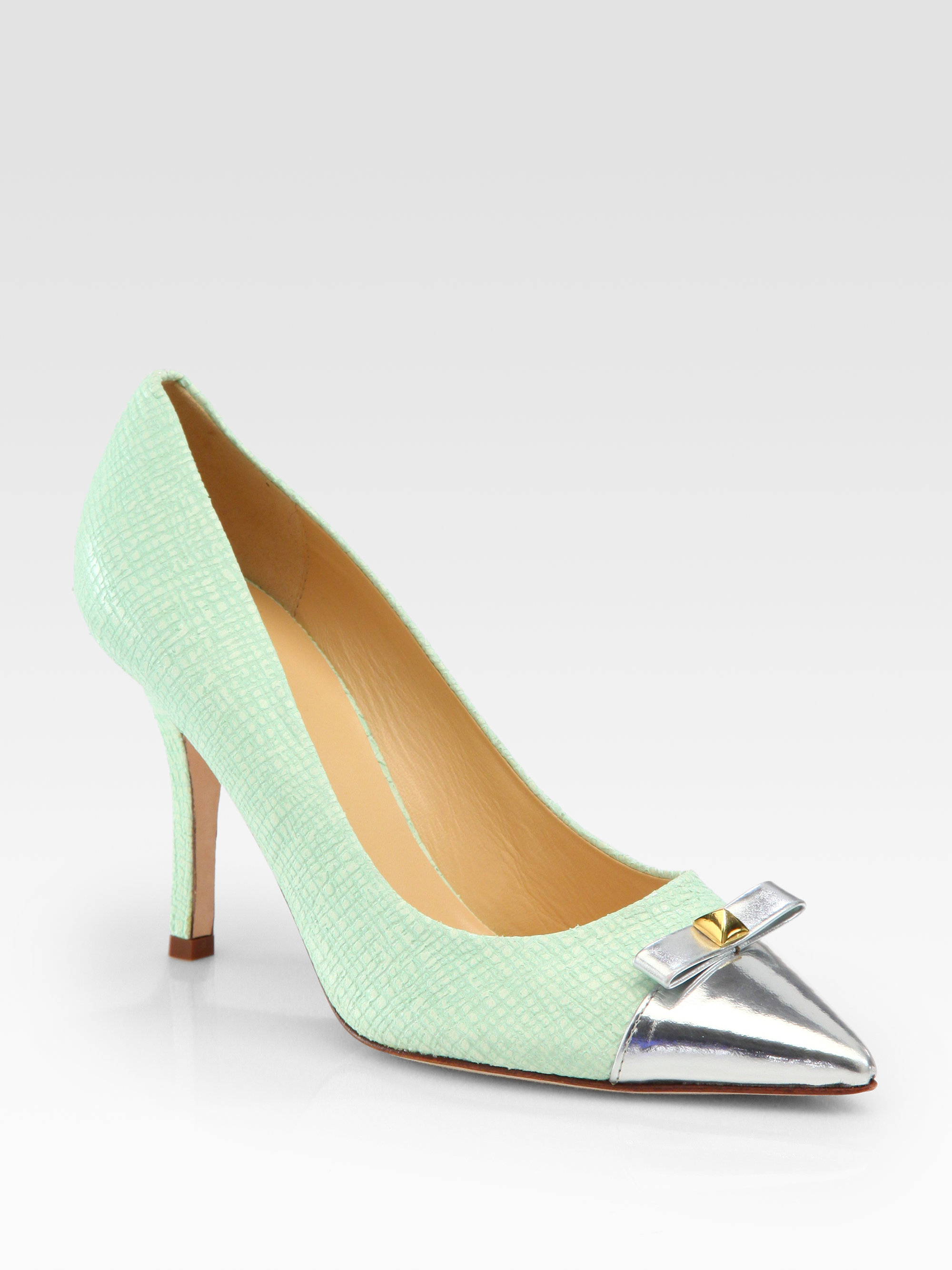 release dates for sale cheap finishline Kate Spade New York Embossed Bow Pumps acCSTR