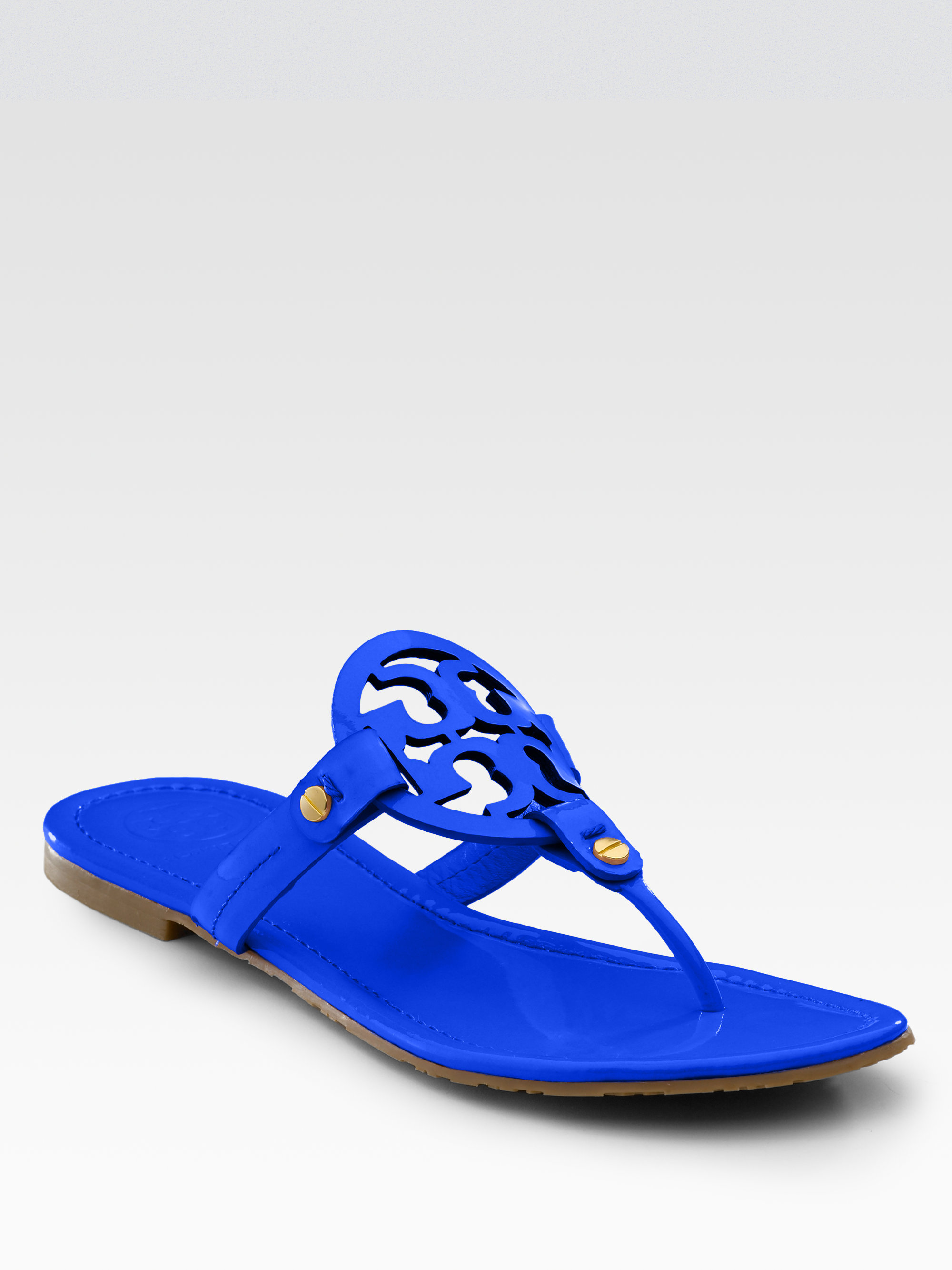 754d0847bad57 ... get lyst tory burch miller patent leather thong sandals in blue fb881  092b3