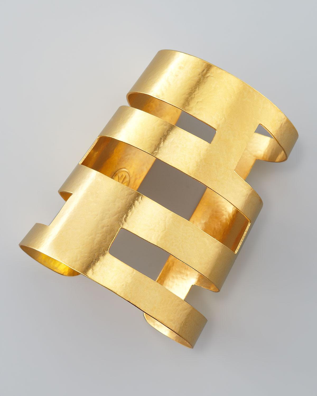herve van der straeten geometric cutout cuff in gold lyst. Black Bedroom Furniture Sets. Home Design Ideas
