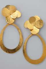 Herve Van Der Straeten Hammered Gold Petal Earrings - Lyst