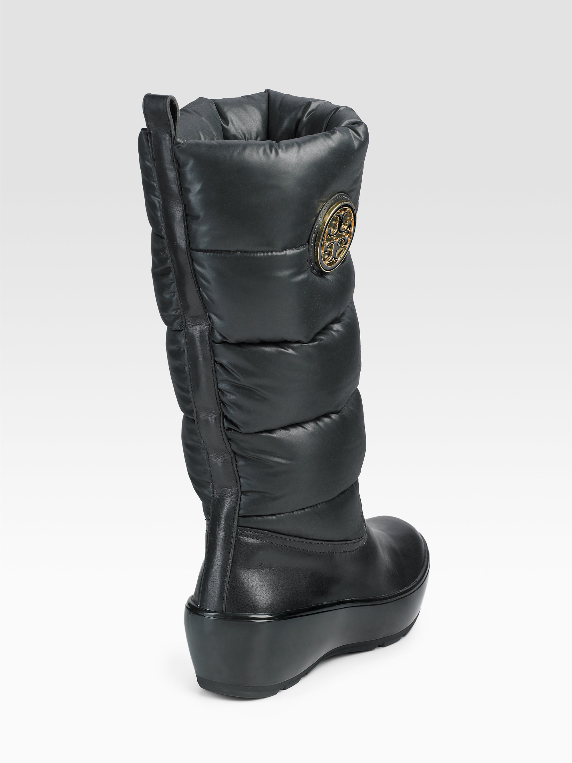 c29c0472212 Lyst - Tory Burch Puffer Boots in Black
