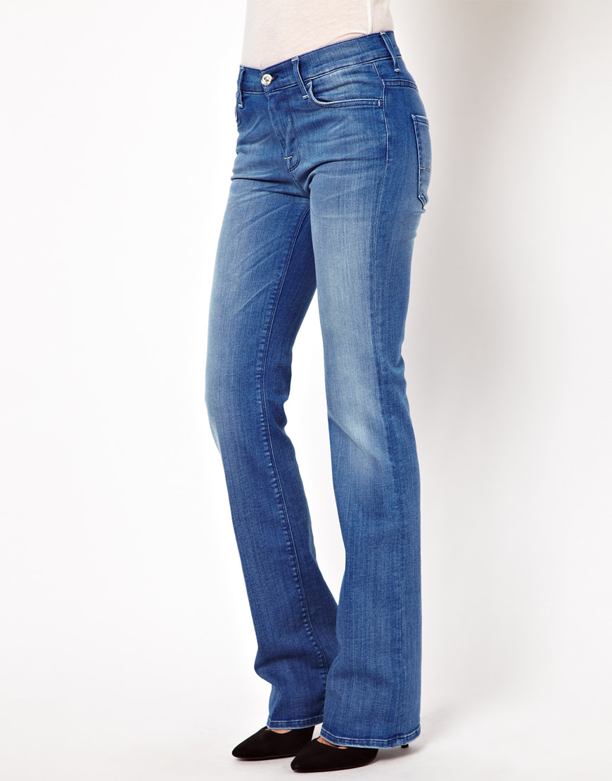 These premium Shape and Sculpt bootcut jeans are engineered with multidirectional stretch denim to respond to your curves and retain their shape and contain Tencel to provide ultimate comfort. Featuring a comfortable high rise with hidden Magisculpt control panel to help flatten your waist and hold you in. Designed with intelligent seaming to.