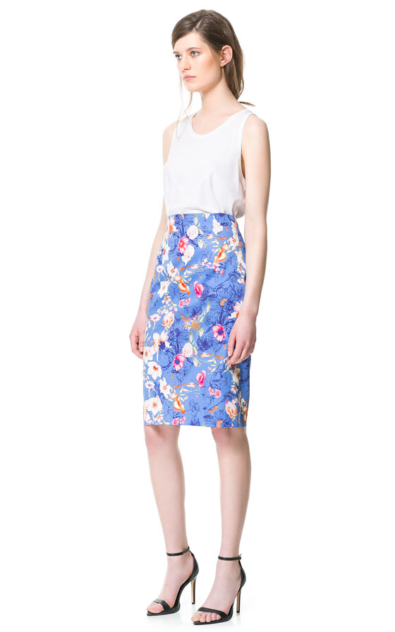 Zara Floral Print Pencil Skirt in Blue | Lyst