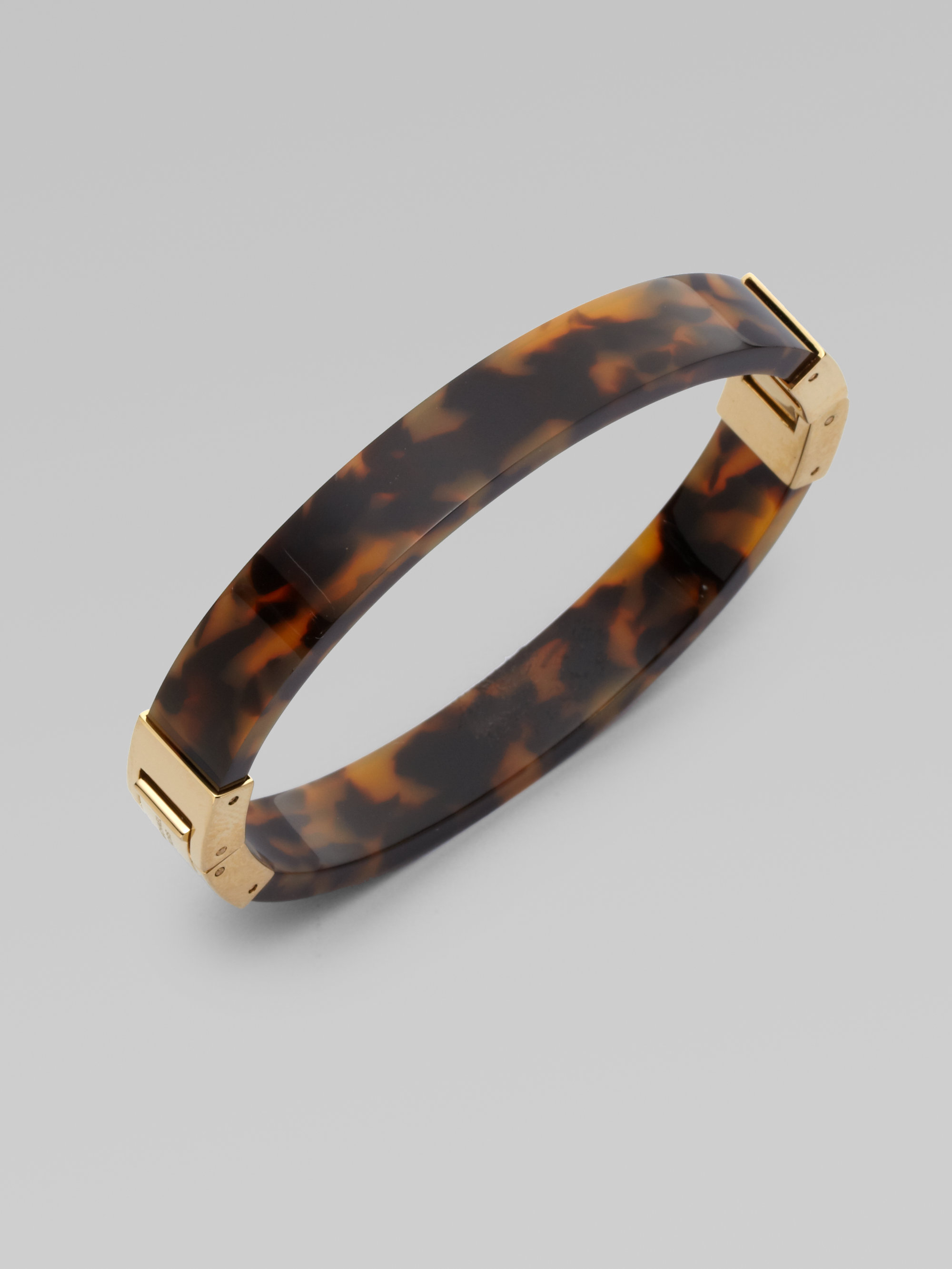 in and bracelet slender bangle hinged michael gallery gold tortoise hinge product kors normal brown jewelry lyst tone by