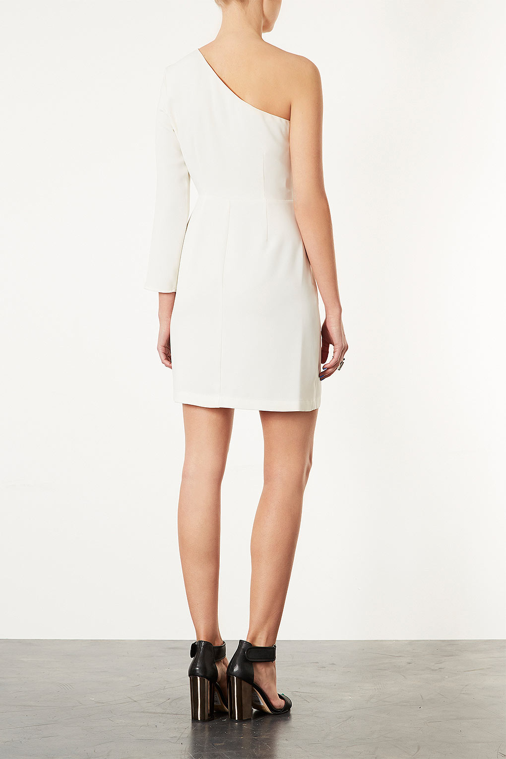 6d56893dfa7c TOPSHOP One Shoulder Shift Dress in White - Lyst