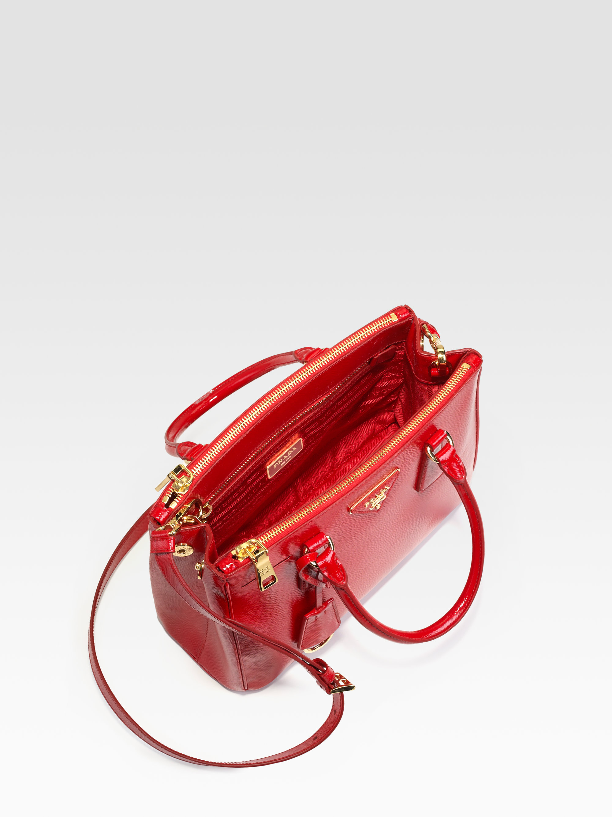 1040404884cd Lyst - Prada Saffiano Vernice Tote Bag in Red