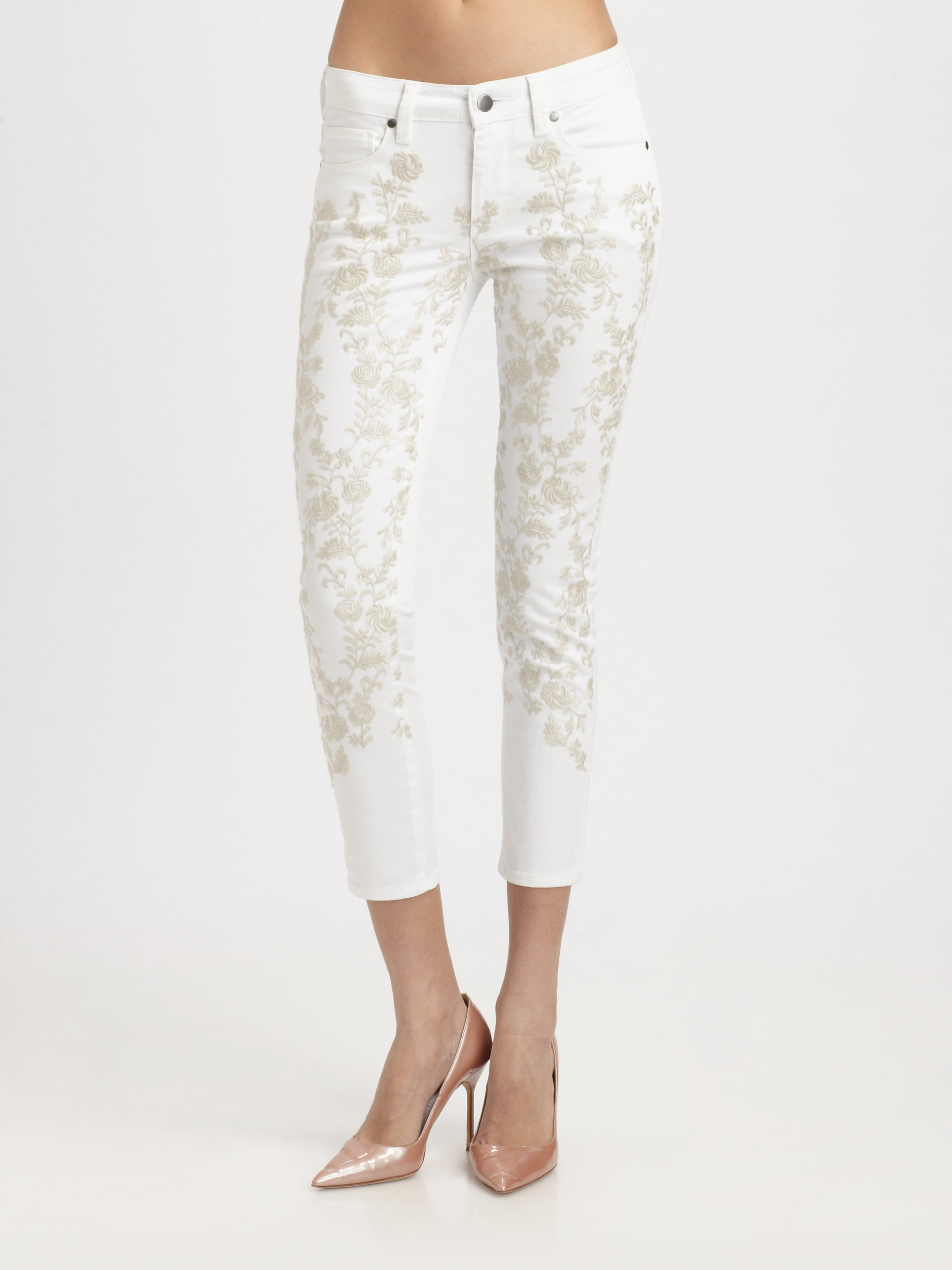 Genetic denim brooke floral embroidered cropped midrise