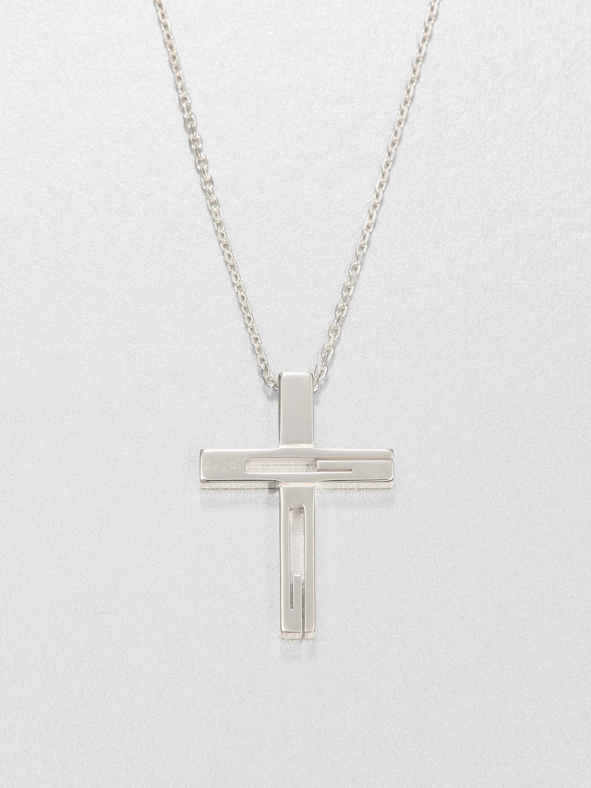 lyst gucci sterling silver cross necklace in metallic. Black Bedroom Furniture Sets. Home Design Ideas