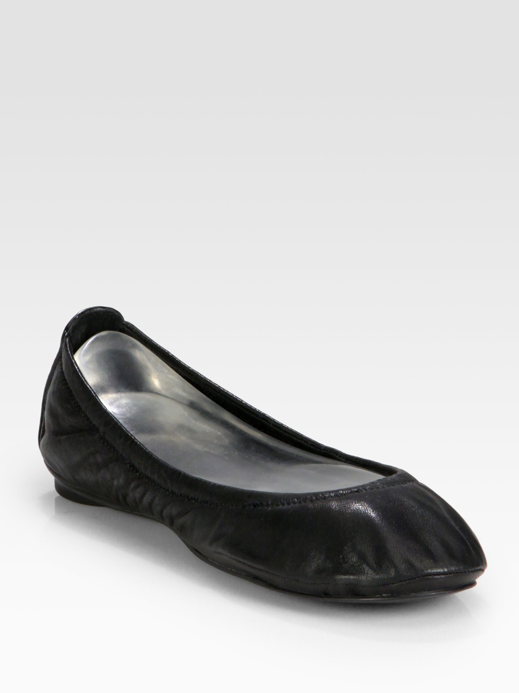 297b889face4 Lyst - Tory Burch Eddie Scrunch Ballet Flats in Black