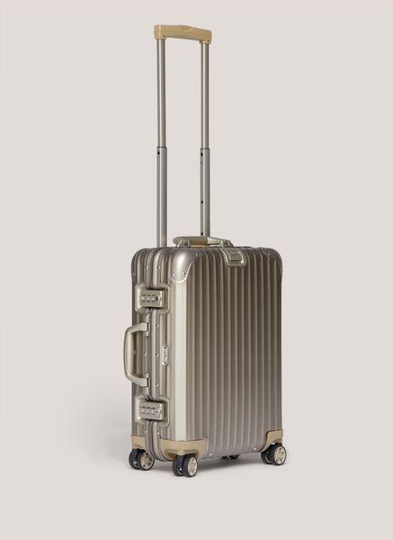 Rimowa topas titanium cabin multiwheel iata titanium for Rimowa limbo cabin multiwheel iata