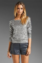 Alice + Olivia Alice Olivia Evelina Sequined Long Sleeve Top in Metallic Silver - Lyst
