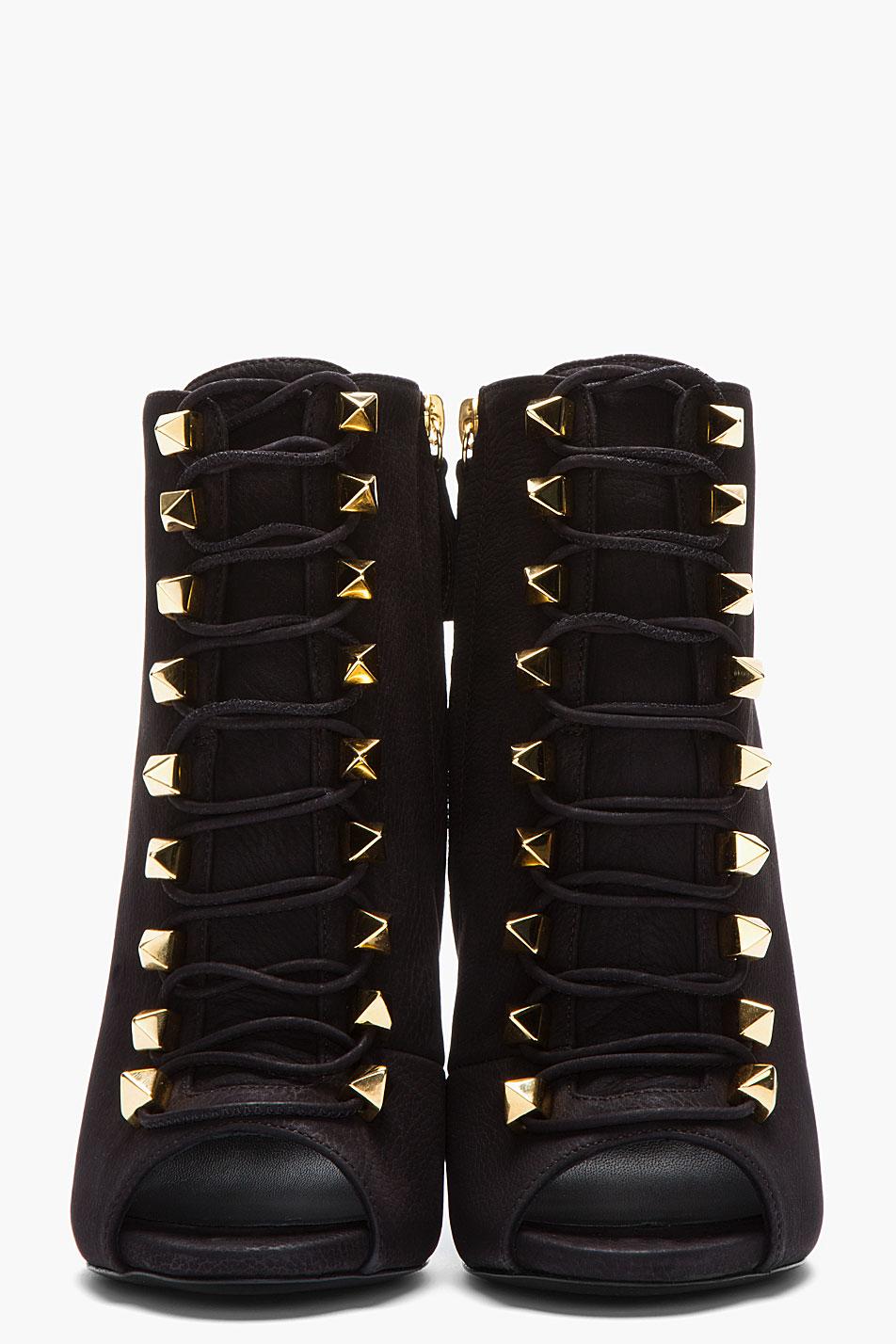Lyst - Giuseppe Zanotti Matte Black Leather Goldstudded Alien Boots in Black