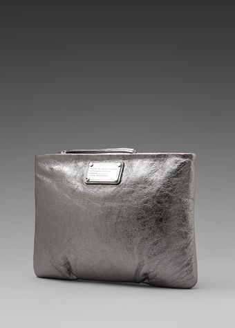 Marc By Marc Jacobs Classic Q Tablet Wristlet in Metallic Silver - Lyst